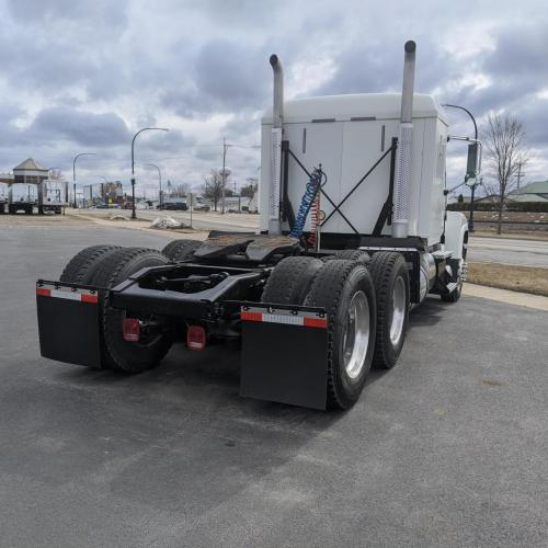 Rear View 2014 Mack CHU613